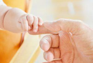 赤ちゃんがいるご家庭で知っておくべき冷暖房基本知識